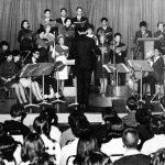 開始青年音樂晚會,結合英語、音樂的福音預工