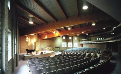 oversea_tour_Fraser-Lands-Church